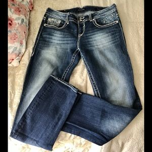 Vigoss jeans size 11-12 L35 the Chelsea slim boot